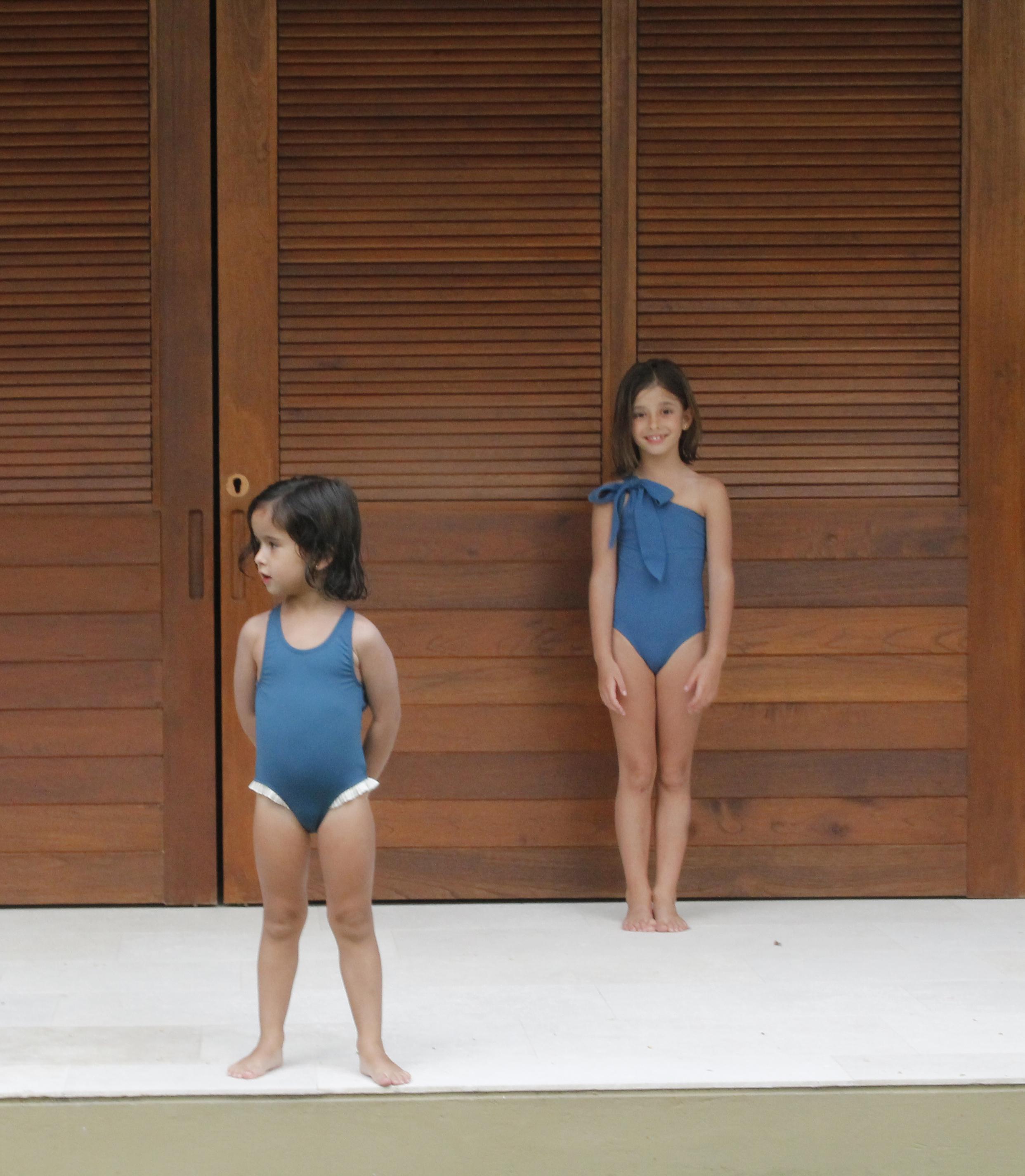 bañador niña Azul Bailarina 02